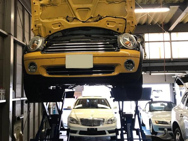 BMW MINI R55 足廻り異音 ゴトゴト音 特定修理