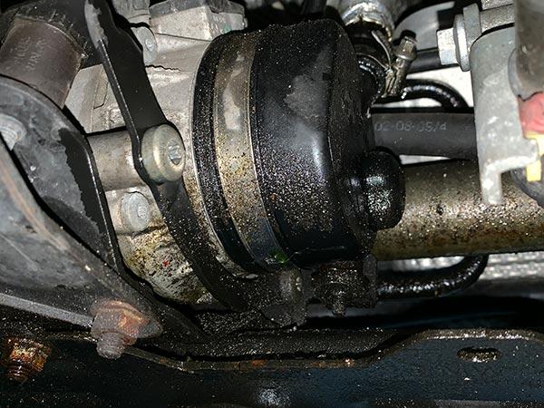 MINI R52 ハンドル回すと異音